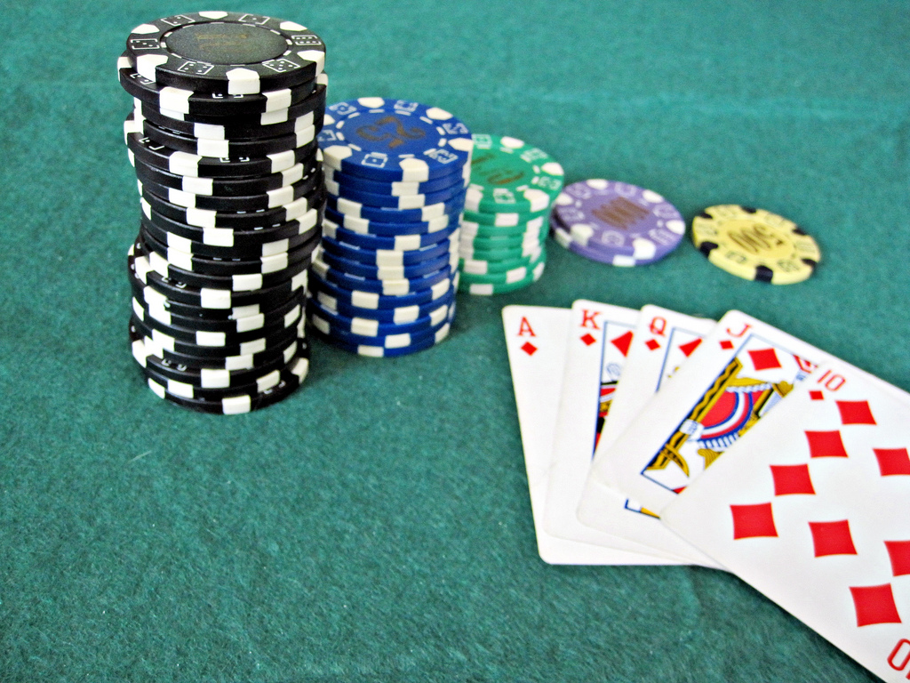 Easy Ways to Win Real Money Online Poker Games
